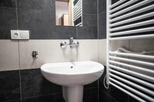 Koupelna v ubytování Pohoda Salaš u Velehradu-2 apartmany