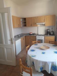 A kitchen or kitchenette at Residence u Vejvodů
