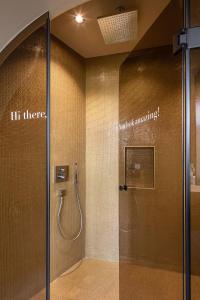 Ein Badezimmer in der Unterkunft Hotel Britannia