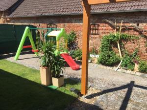 Herní místnost nebo prostor pro děti v ubytování Rodinný penzion Kohoutek
