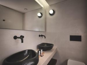 A bathroom at Zante Maris Hotel & Spa Adults Only