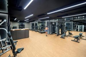 The fitness center and/or fitness facilities at PARKROYAL COLLECTION Marina Bay SGClean and Staycation Approved