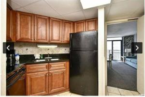 A kitchen or kitchenette at Superior One Bedroom Suite w/Ocean view