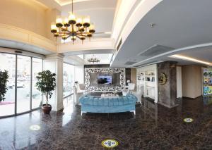 Лобби или стойка регистрации в Hanzade Park Hotel