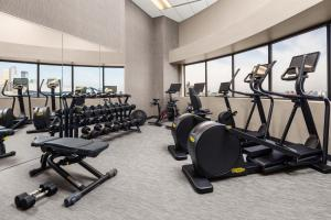 The fitness center and/or fitness facilities at Courtyard by Marriott Minneapolis Downtown