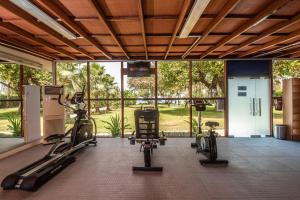 Фитнес-центр и/или тренажеры в BM Beach Hotel