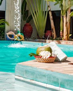 A piscina localizada em Recanto da Orla ou nos arredores