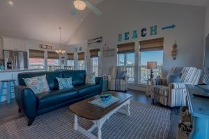 The Coast is Clear Amazing home in Sea Isle Short distance to the Beach