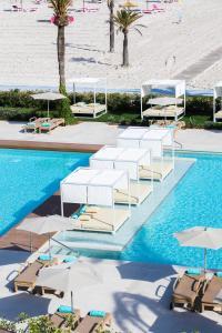 Het zwembad bij of vlak bij VIVA Golf Adults Only 18+