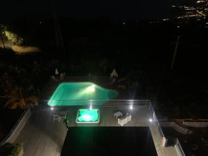 Vista sulla piscina di Hotel Royal o su una piscina nei dintorni