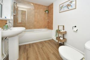 A bathroom at Hygge style for a busy City! Boothen House