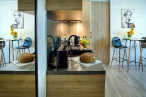 A kitchen or kitchenette at W&K Apartments - Compact I