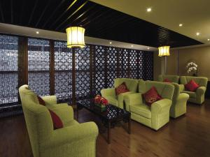 A seating area at Butterfly on Wellington Boutique Hotel Central