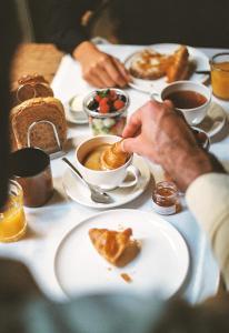 Colazione disponibile per gli ospiti di Hotel Neri – Relais & Chateaux