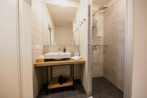 A bathroom at Rioca Vienna Posto 1