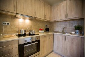Cucina o angolo cottura di Ionian Vista Villas