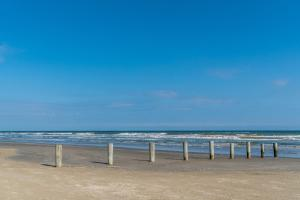 Cast a Waves - Great Beach Bungalow - Close to the Gulf
