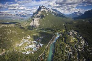 A bird's-eye view of Banff Park Lodge