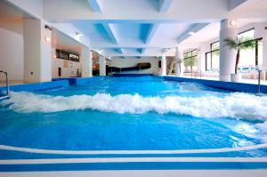 The swimming pool at or near Rusutsu Resort Hotel & Convention