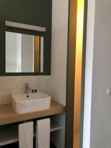 A bathroom at The ASH