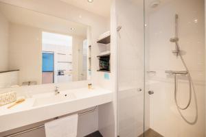 Un baño de Hotel Casa Amsterdam