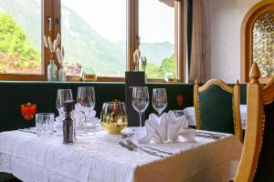 A restaurant or other place to eat at Hotel Sonnalp
