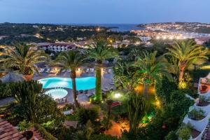 A view of the pool at Hotel Balocco or nearby