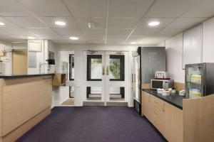 A kitchen or kitchenette at Days Inn Bridgend Cardiff