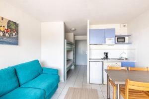 A kitchen or kitchenette at Residence Residhotel Mayflower