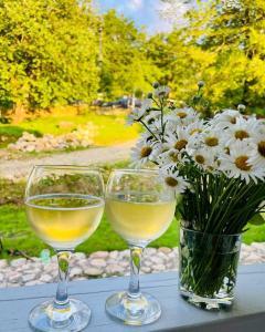 Drinks at VillaLila Mezmay