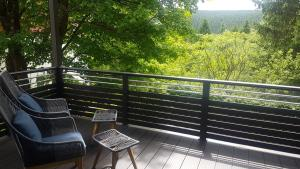 A balcony or terrace at Pension Oberhof 810 M