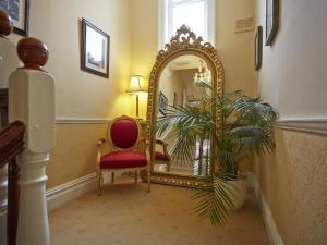 The lobby or reception area at Somerville House