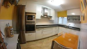 Una cocina o zona de cocina en CALLE LOBO 17