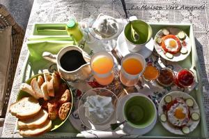 Colazione disponibile per gli ospiti di La Maison Vert Amande