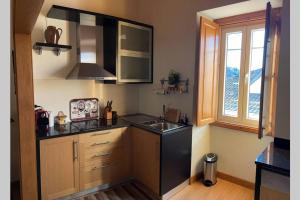 A cozinha ou kitchenette de Casa de Sampaio - Castelo Mendo
