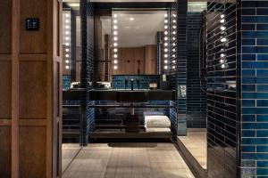 A bathroom at The Londoner