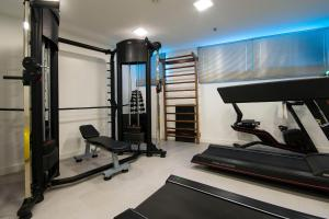 The fitness center and/or fitness facilities at Transamerica Executive Taboao Morumbi