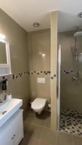 Ein Badezimmer in der Unterkunft Ferienpark Tannenbruchsee
