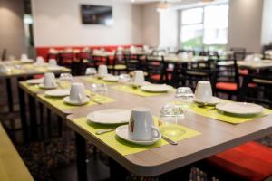 Restaurant ou autre lieu de restauration dans l'établissement Holiday Inn Express Amiens, an IHG Hotel