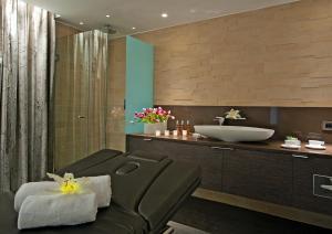 A bathroom at Porto Platanias Beach Resort & Spa