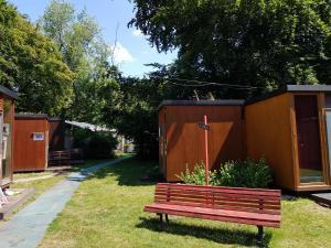 Jardin de l'établissement EASY Lodges Berlin