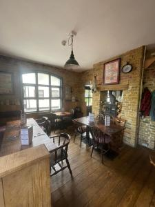 A restaurant or other place to eat at The Six Bells