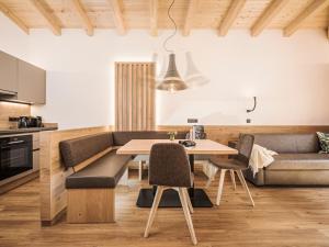 Ein Sitzbereich in der Unterkunft Mo's appartements
