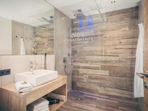 Ein Badezimmer in der Unterkunft Mo's appartements