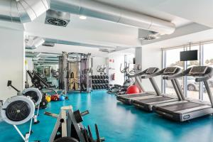 O centro de fitness e/ou as comodidades de fitness de AP Eva Senses