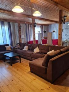 Гостиная зона в Дом у Груши