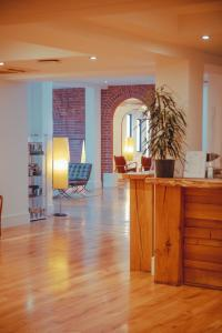 The lobby or reception area at Hope Street Hotel