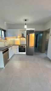 A kitchen or kitchenette at Luxury Villa with magnificent view & pool
