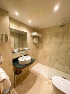 Un baño de La Sort Boutique Hotel