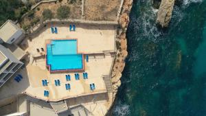 Uitzicht op het zwembad bij Paradise Bay Resort of in de buurt